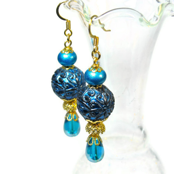 Vintage bead dangle earrings in teal