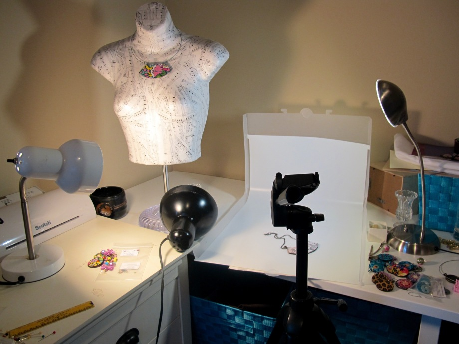 photographing jewelry product photos