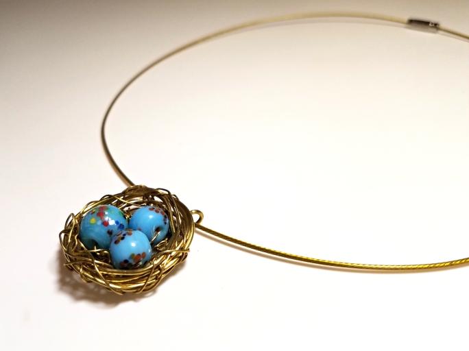 nest necklace pendant