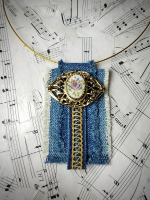 Repurposed jeans necklace