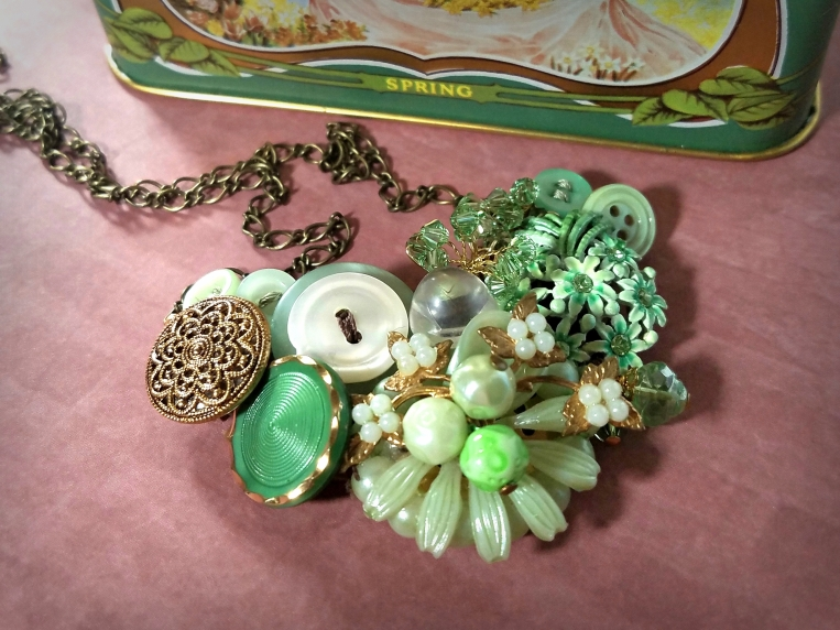 Rpurposed mint green necklacemade with vintage buttons and earrings