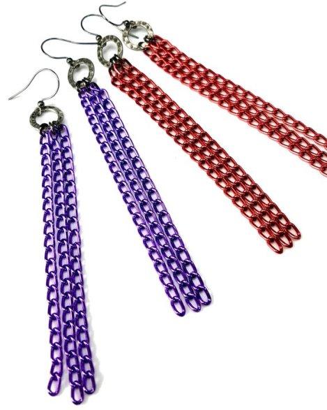 Colorful chain tassel earrings in purple or red
