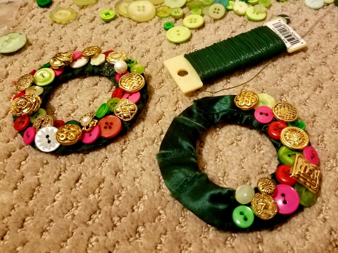 DIY Button ornaments