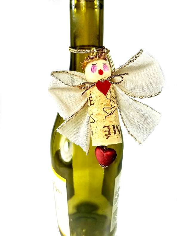 Wine charm angel make from a wine cork!