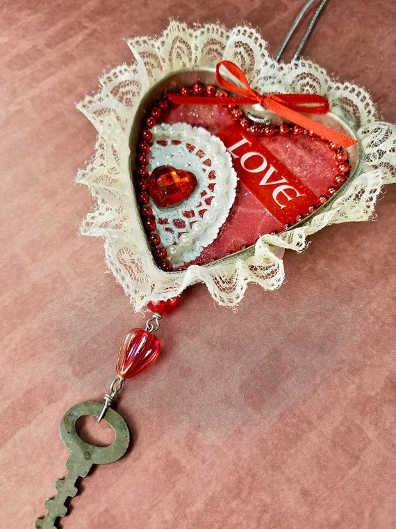 Valentine's Day gift ornament