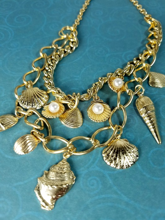 trends 2019 sea shell necklace